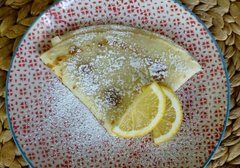 crepe lemon powdered sugar